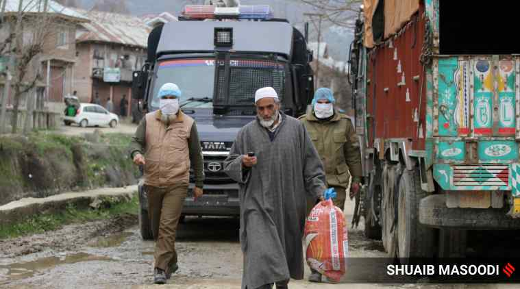 J&K risk becoming a police state; Oppn react to Kashmir IGP's remark on domicile law criticism