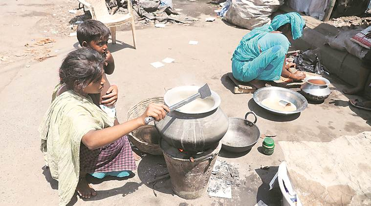 Kolkata: Hungry and desperate, ragpickers fear starvation more than the virus