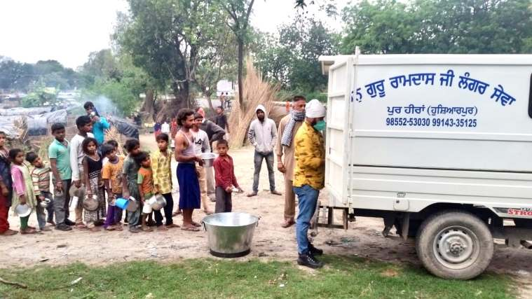 A langar in Hoshiarpur is feeding 1.25 lakh people every day amid lockdown