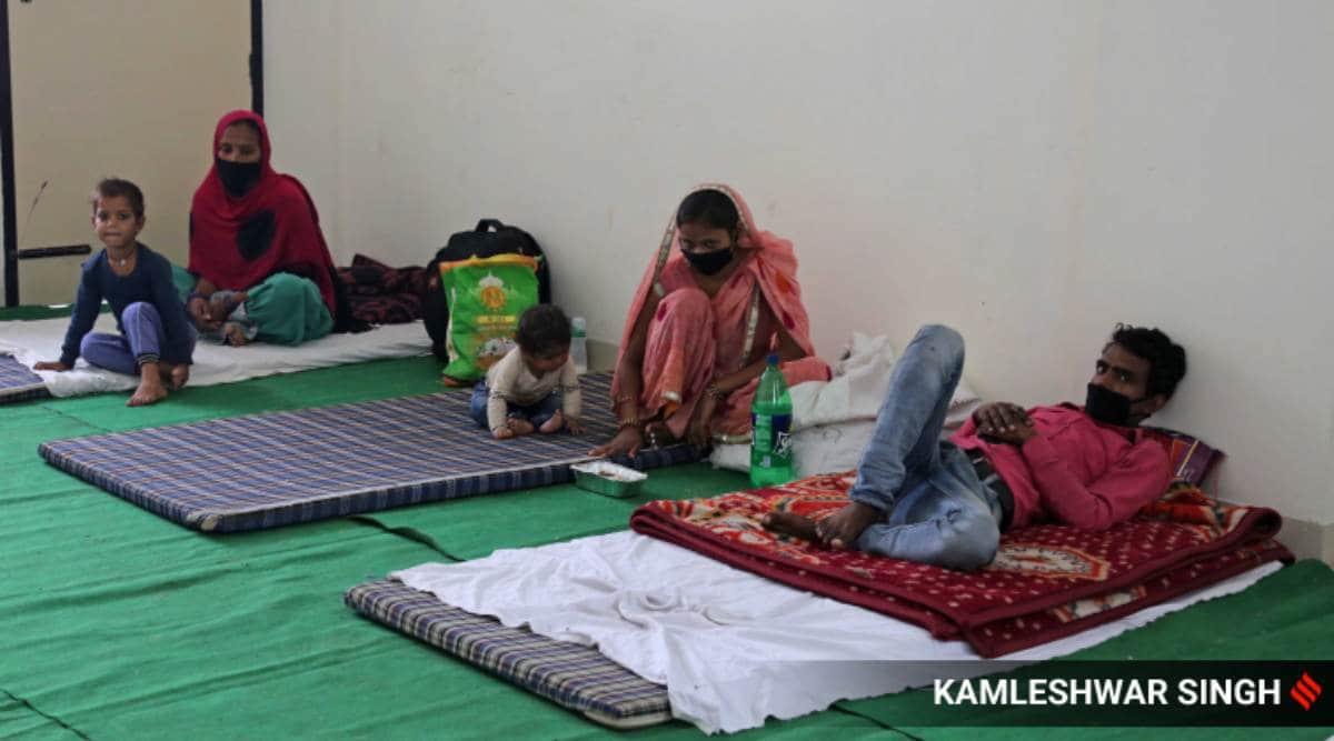 Migrant labourers, coronavirus outbreak, india lockdown, MCD school, delhi news, indian express news