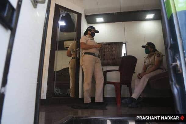 india lockdown, india coronavirus lockdown, mumbai police, vanity vans, police get vanity vans, mumbai lockdown, mumbai vanity vans, indian express news