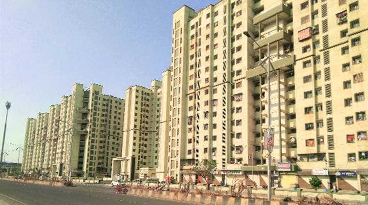 Navi Mumbai: Housing complex gives 'stay at home' appeal a miss