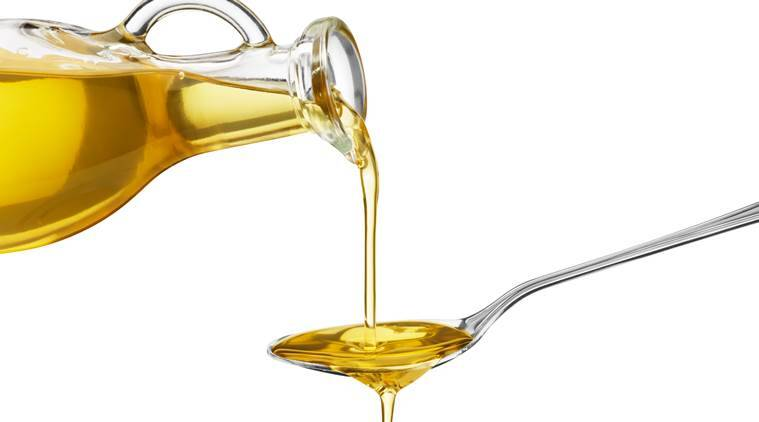 Want to make dull hair look bouncy? Try olive oil