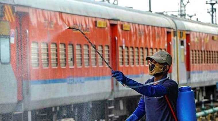 Indian railways, Train takes migrants to Jharkhand, telangana to Jharkhand train, Migrants travel in train, India lockdown, coronavirus India cases, India lockdown impact,