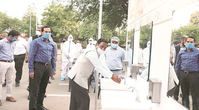 coronavirus, india lockdown, coronavirus in chandigarh, coronavirus cases in chandigarh, chandigarh advisor, manoj parida, manoj parida twitter, indian express news
