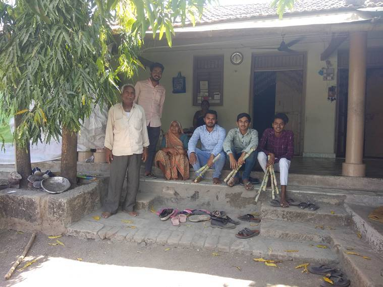 Stranded laboures in Rajkot village say: No work here, want to meet family