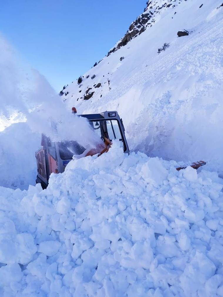 COVID-19 notwithstanding, Border Roads Organisation works on throwing passes open before schedule