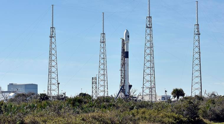 Image of article 'NASA announces first SpaceX crewed flight for May 27'