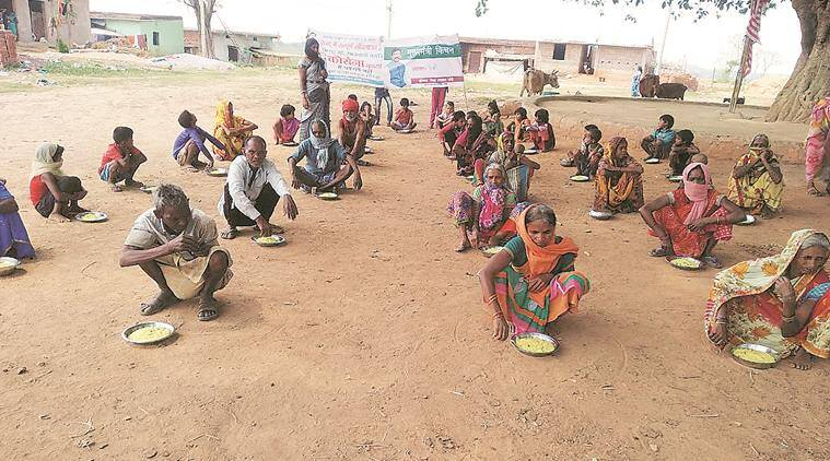India lockdown, Coronavirus outbreak, Dal Bhaat centres, Didi kitchens, Jharkhand news, Indian express news
