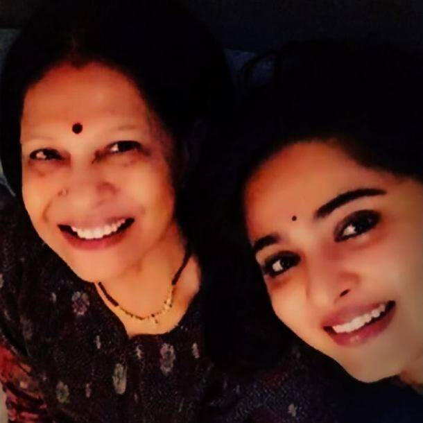 anushka shetty on mother's day