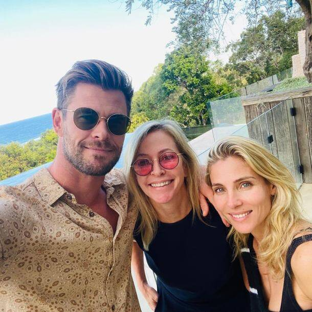 chris hemsworth on mother's day