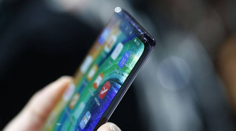 Huawei beats Samsung in global smartphone shipments for the first time: Canalys