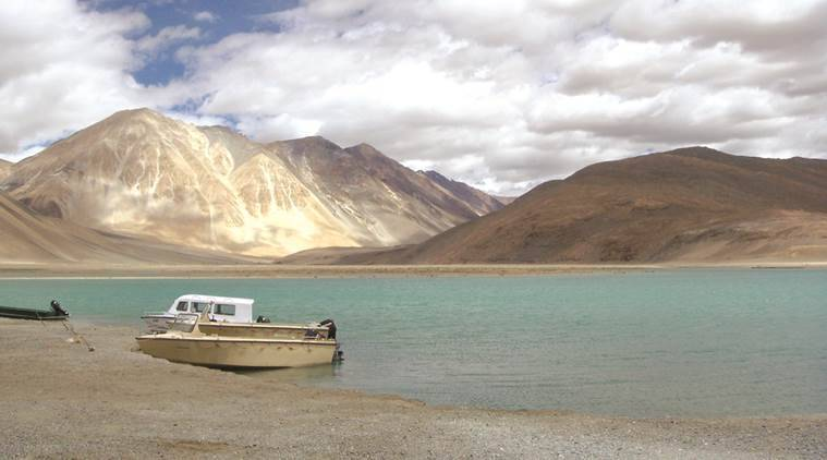 Chinese bring more boats to lake in Ladakh, Indians a road