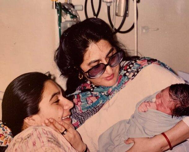 sara ali khan mothers day