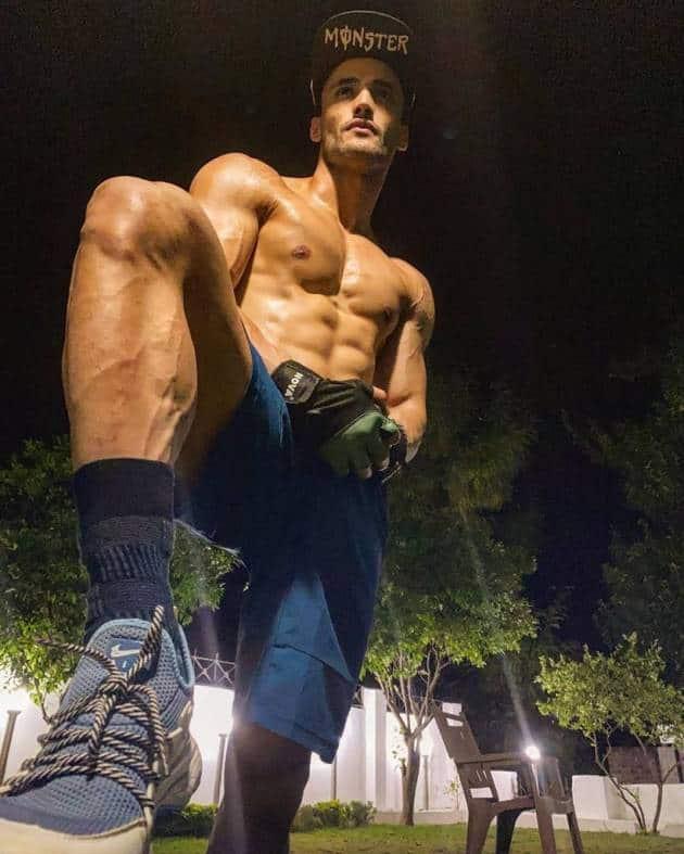asim riaz post-workout