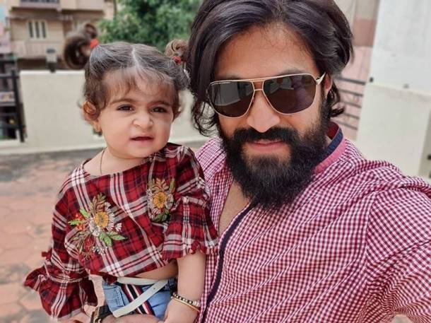 yash with daughter