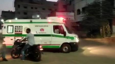 Coronavirus death, covid 19 cases, ambulance wait time, Mumbai news, Indian express news