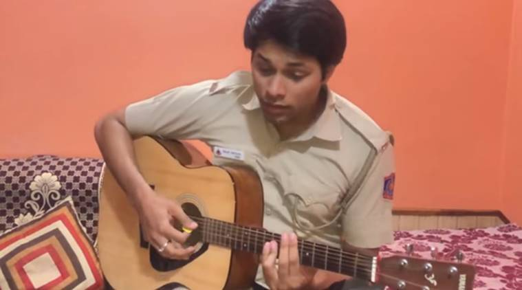 covid-19, lockdown coronavirus, india lockdown extention, Akshay Kumar, Teri Mitti, cop sings teri mitti
