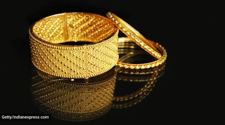 gold jewellery, maintain gold jewellery, gold jewellery, how to clean gold jewellery, gold jewellery pieces, indianexpress, indianexpress.com, tips to clean gold jewellery,