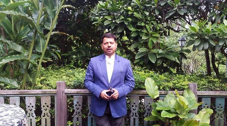 karnataka ias officer tablighi jamaat tweet, show cause notice karnataka ias, tablighi jamaat coronavirus cases, plasma therapy tablighi jamaat cases, coronavirus news, covid-19 Mohsin Mohammad