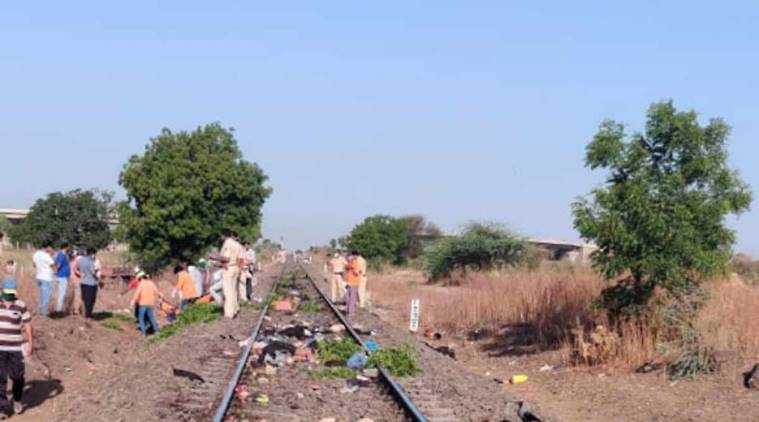 migrants killed, migrants train accident, Train accident, india lockdown,, coronavirus, Aurangabad train accident, aurangabad train accident live, maharashtra train accident, train accident, in Maharashtra