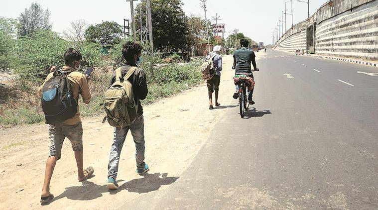 Coronavirus crisis, Migrant workers, clash with ccops, Gujarat news, Indian express news