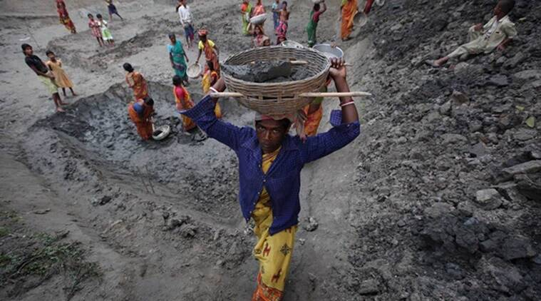 Farms absorb labour, workers at MGNREGA sites in Maharashtra dip