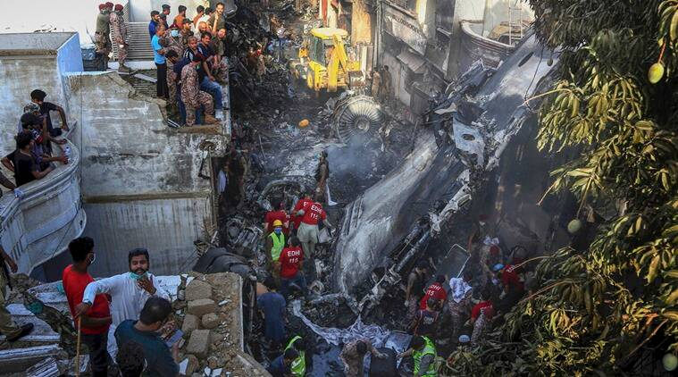 pia plane crash, pia plane crash today, pia aircraft, pia aircraft crash, pia aircraft crash news, pia plane crash in karachi, pia plane crash in karachi today, pia plane crash news, karachi plane crash latest news, karachi plane crash news, karachi plane crash today news, karachi news, karachi news update