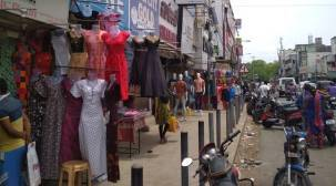 Covid-19 in Tamil Nadu: Chennai Corporation orders closure of 150 shops in T Nagar; 30 Puzhal inmates test positive