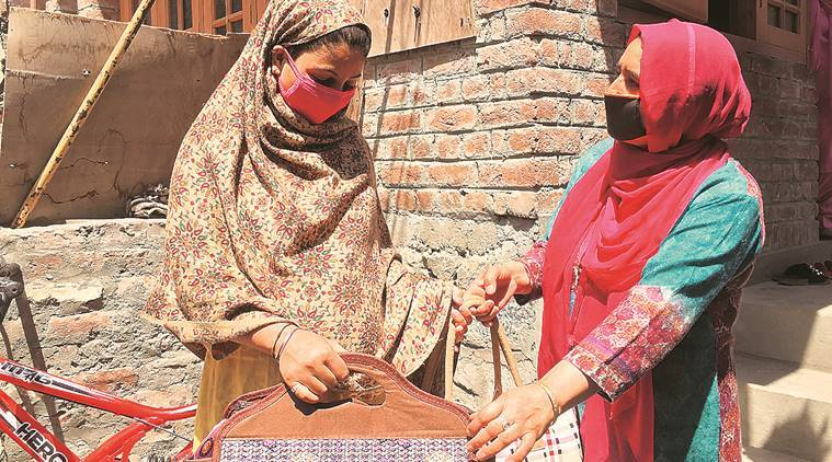In Srinagar, a plan for every pregnant woman, with a gift pack