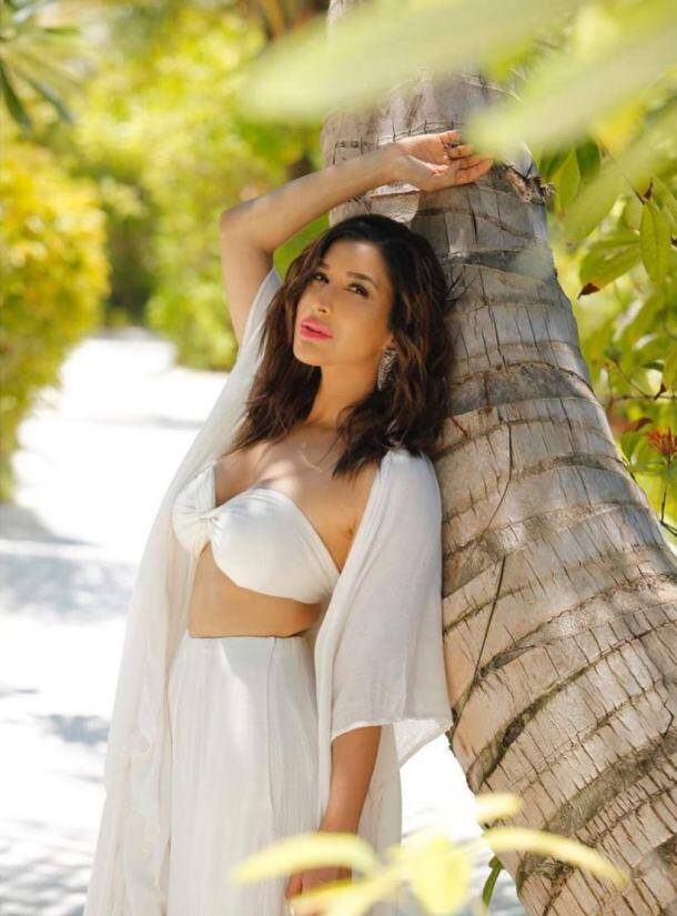 sophie choudry images