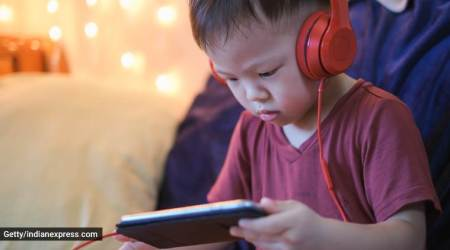 screen time for kids, how much screen time is allowed for kids, what parents should know, video calling and kids, parenting, indian express, indian express news