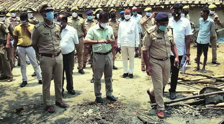 up police, uttar pradesh police, dalit houses burnt, Dalit houses burnt in Jaunpur, Jaunpur dalit house,