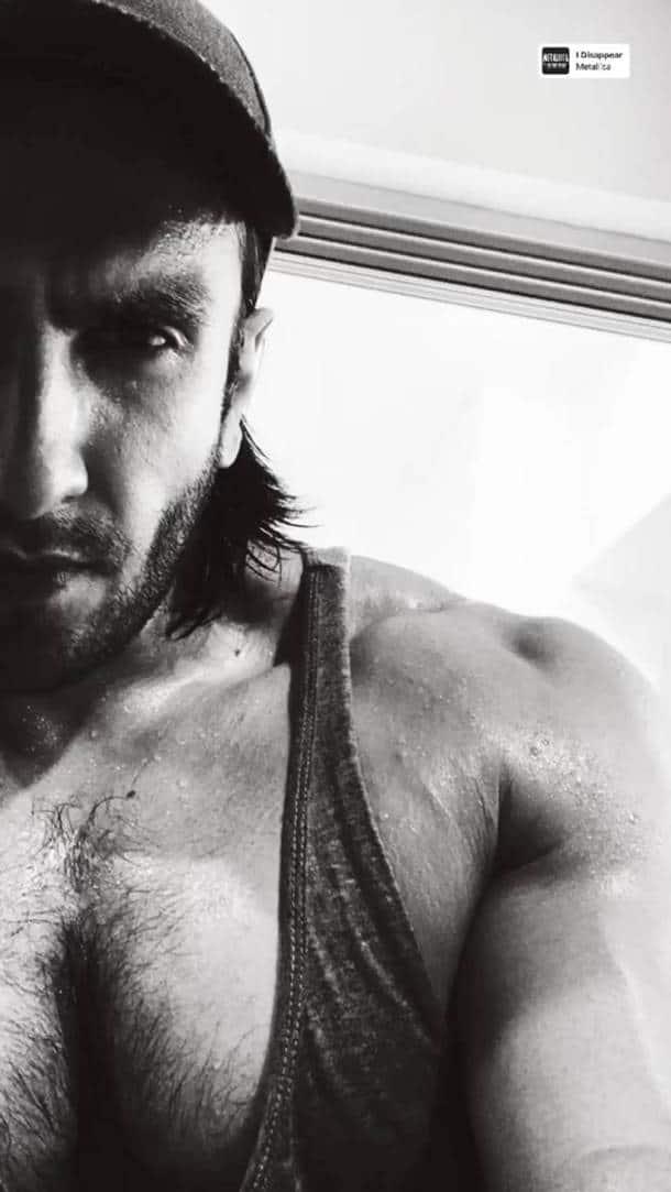ranveer singh gym selfie