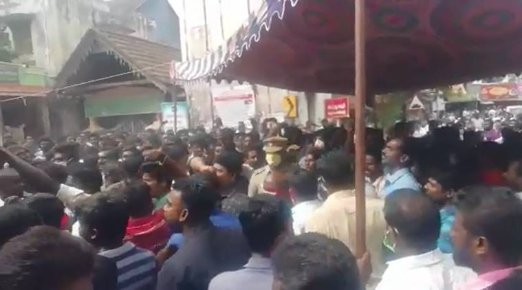 Tamil Nadu custodial death, Sathankulam custodial death, Sathankulam protests, father son custodial death, Jayaraj Fenix, Tamil Nadu news, indian express, Thoothukudi, Thoothukudi custodial death