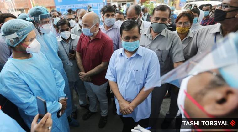 Kejriwal hands over Rs 1 crore cheque to family of LNJP doctor who died battling Covid-19