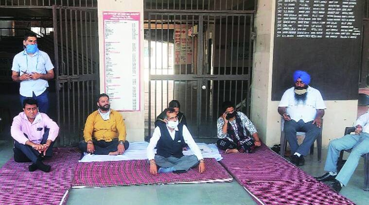 chandigarh lawyer protest, advocate protest. chandigarh court lockdown, court lockdown,