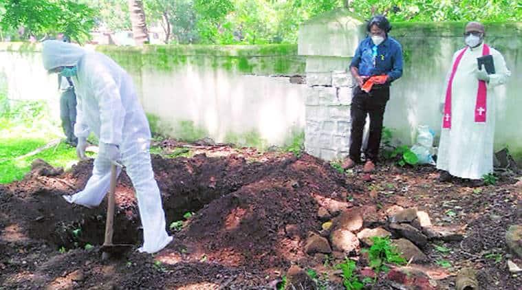 Covid patients, grave diggers, Christian families, Mumbai news, indian express news