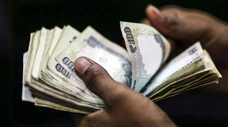 Best forex robot Rupee slips 16 paise to 75.35 against US dollar in early trade thumbnail
