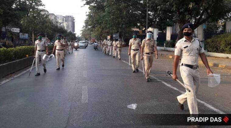 Mumbai Police asks people to stay within 2 km of homes, else vehicles to be seized