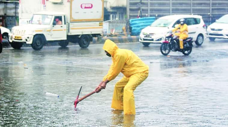cyclone nisarga, mumbai weather, mumbai rai fall, imd, imd mumbai weather forecast, imd mumbai weather update, indian express news