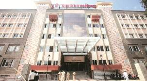 pmc, covid-19 in pune, pune private hospitals, pmc notice to private hospital, pune private hospitals patients, indian express news