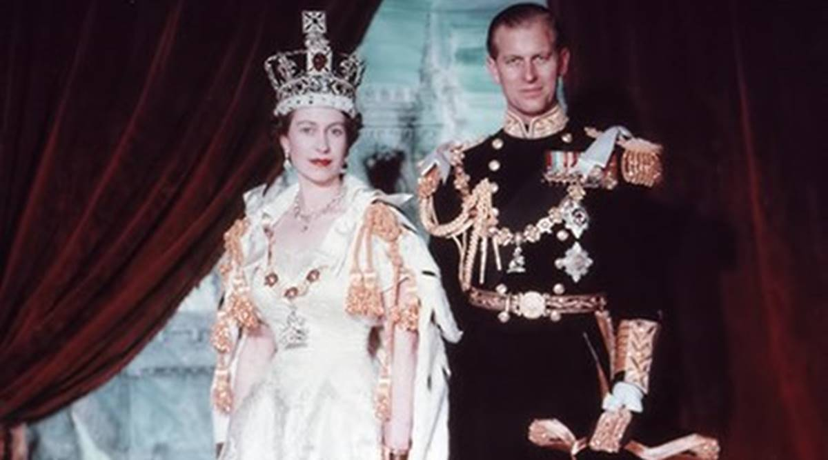 royal gown to crown what queen elizabeth ii wore at her coronation ceremony lifestyle news the indian express what queen elizabeth ii wore at her