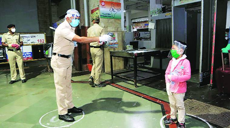 Coronavirus lockdown, Western Railway, passenger trains, Maharashtra news, Indian express news