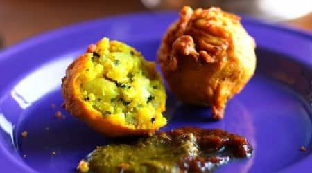 suvir saran, chef suvir saran recipe, aloo bonda recipe, breakfast recipe, easy snacks recipe, indian express lifestyle