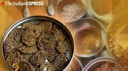 alu vadis, patra recipe, arbi ke patte, pathrode recipe, indianexpress.com, rekha diwekar recipes, indianexpress,