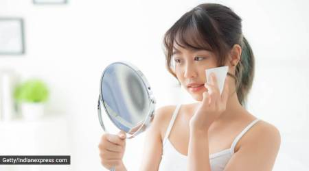 skincare tips, face wipes, dos and don'ts of using face wipes, indian express, indian express news