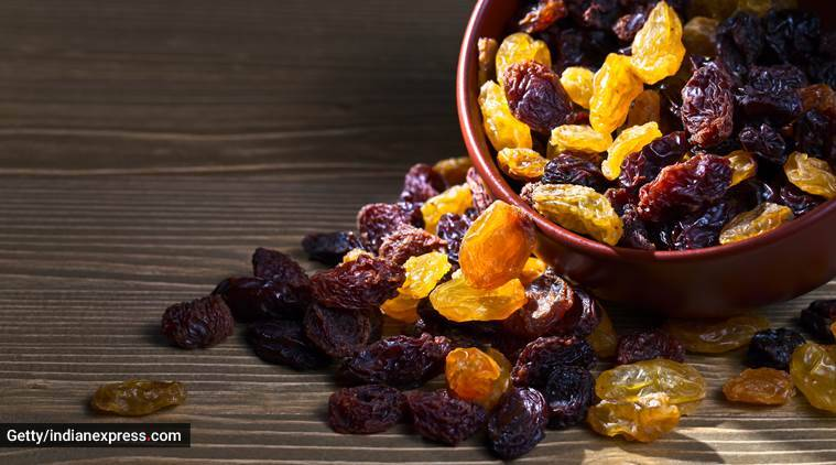 raisins for weight loss, keeping weight in check, healthy snacking, raisins and weight loss, indian express, indian express news
