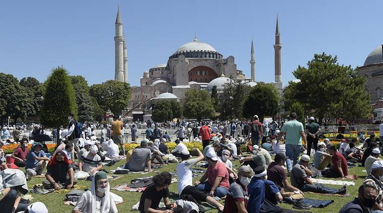 Istanbul's Hagia Sophia opens as a mosque for Muslim prayers ...