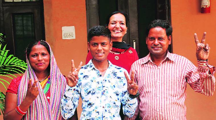 class 10 result, haryana board result, district topper, Kharak Mangoli, indian express news